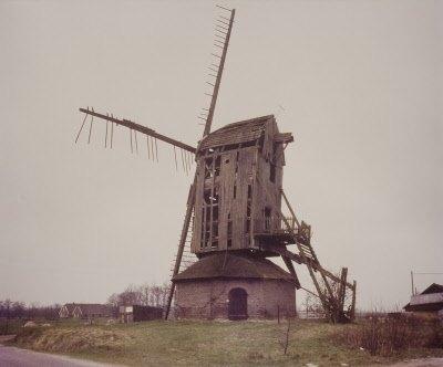 Vervallen-molen-in-kleur-Koning-Arie-J.-de